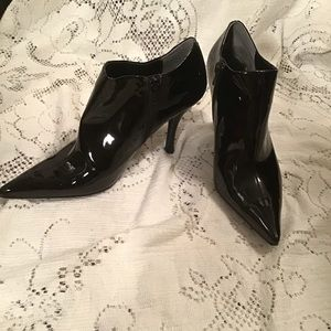 Nine West- Patent Leather Pointy Toed Booties